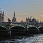 Brittien hallituksen olisi pitänyt säästää matkatoimisto - erimielisyyksia hallituksessa