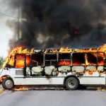 Meksikon turvallisuusjoukot pakenivat, kun kartellin asemiehet julistivat sodan vapauttaakseen El Chapon pojan Culiacanissa, Sinaloassa