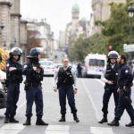 Neljä poliisia puukotettu kuoliaaksi Pariisissa