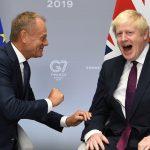 Tusk suosittelemassa EU:lle kolmen kuukauden Brexit-pidennystä