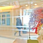 Alzheimerin tautia sairastavilla psykoosilääkkeen käyttäjillä enemmän sairaalapäiviä
