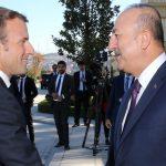 """Macron tyrmäsi Ankaran operaation Syyriassa, Turkin ulkoministeri Cavusoglu kutsuu Macronia """"terrorismin sponsoriksi"""""""