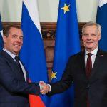 Kahdenväliset suhteet Euroopan valtioihin ovat tärkeämpiä Venäjälle, kuin yhteydet EU:n kanssa -  Medvedev