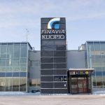 Pysäköintiuudistus Kuopion lentoasemalla: mobiilimaksaminen korvaa paperilipukkeet