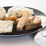 Brie-juusto rohkeasti arkipöytään