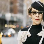 """New Yorkin tyylikkäin seniori tuntee pukeutumisen taiteen: """"Olemme rappiolla muodin suhteen."""""""