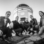 Psykedeelista progerockia soittava Astral Bazaar julkaisi ensimmäisen singlen tulevalta kakkosalbumiltaan
