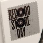 Tallinnan Record Store Day kuvina - levykaupat vetävät vielä puoleensa