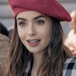 Ihastuitko Emily in Paris-muotiin? Tätä mieltä ranskalaiset ovat hittisarjan asuista