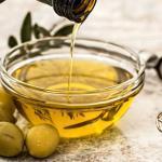 Miksi oliiviöljyä hehkutetaan ihonhoidossa?