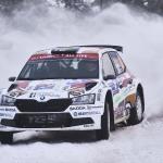 Mikko Heikkilä WRC-debyytissään luokassaan viidentenä ensimmäisen ajopäivän jälkeen