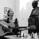 Musiikin ja shakin yhdistävästä Juga Di Primasta tuli kansainvälinen ilmiö