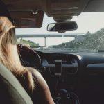 Tutkimus: Naiset ovat vaativampia auton ostajia kuin miehet – automyyjä romuttaa myytin naisista autokaupoilla