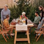 Sitra selvitti, mitä suomalaiset haluavat tehdä koronan jälkeen – sukujuhlat päihittävät ulkomaanmatkat